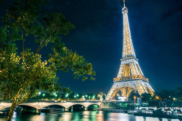 Париж,Франция